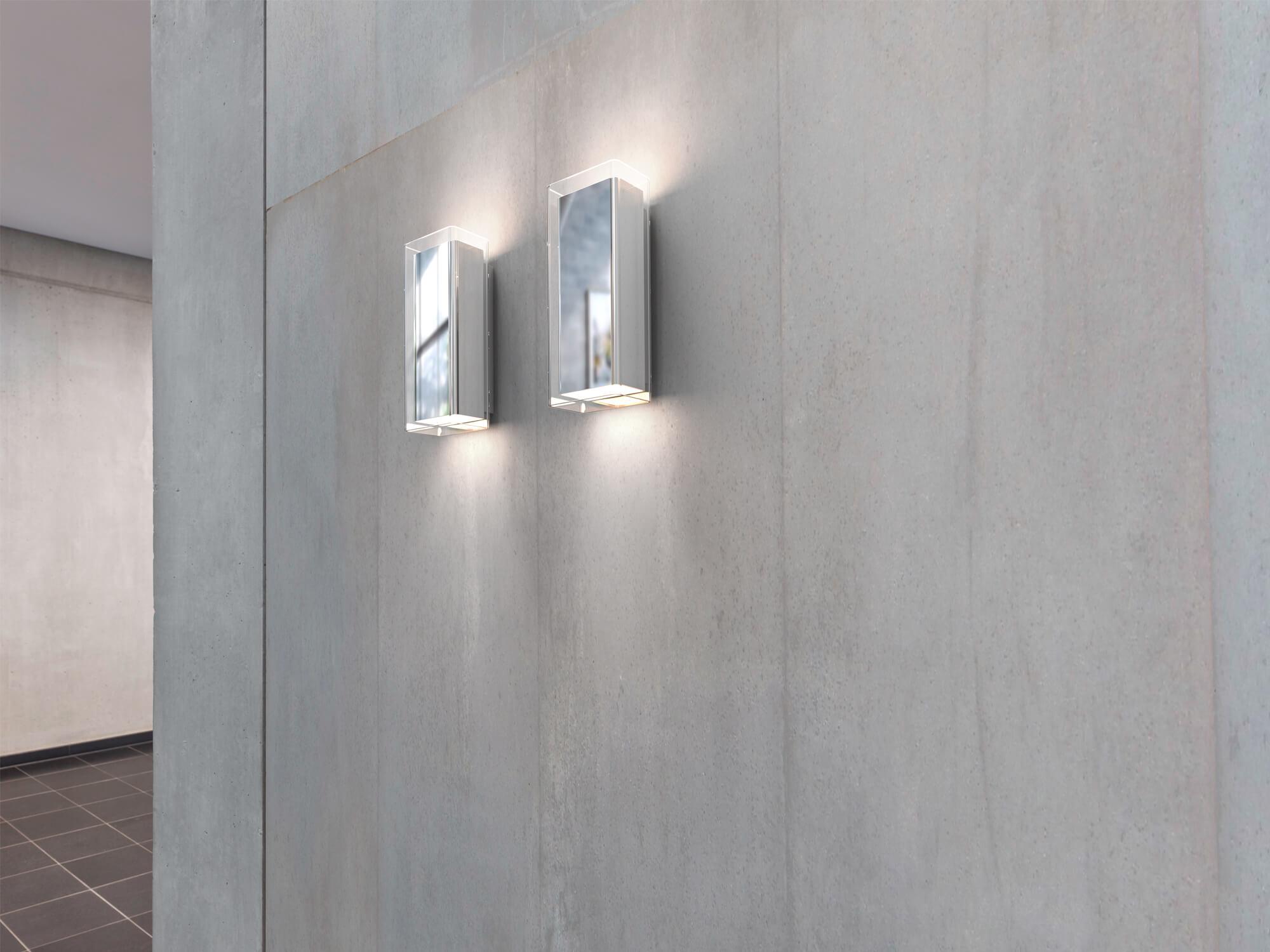 Serien Lighting Rod Wall